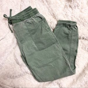 Gap Green Cinched Ankle Length Cotton Blend Pants